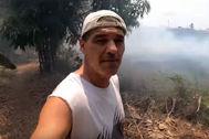 Frank Cuesta tiene que proteger su casa de un incendio provocado