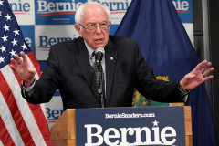 FILE PHOTO: Democratic U.S. presidential candidate Bernie lt;HIT gt;Sanders lt;/HIT gt; speaks about coronavirus in Burlington