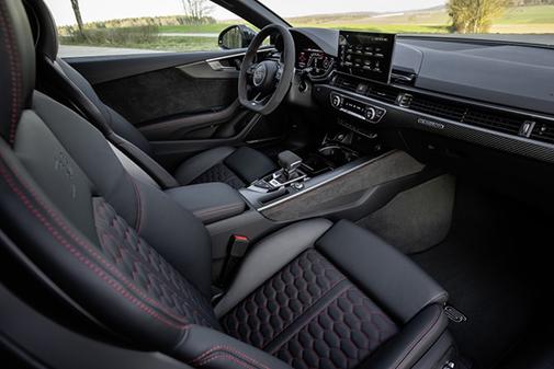 Un futurista interior acoge la nueva evolución del sistema de infotainment de Audi.