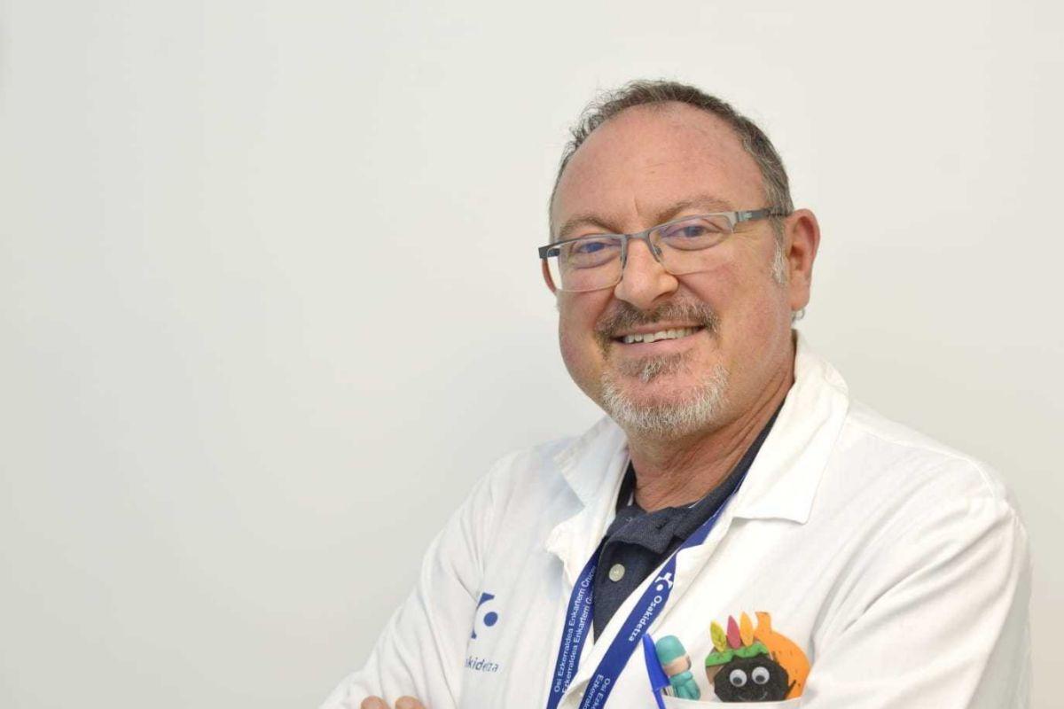 El doctor Jesús Sánchez Etxaniz, responsable de la Unidad de Paliativos Pediátricos del hospital de Cruces.
