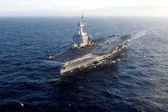 FILE PHOTO: French aircraft carrier Charles de lt;HIT gt;Gaulle lt;/HIT gt; in the Mediterranean sea