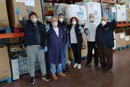 Voluntarios en el banco de alimentos de Vigo.