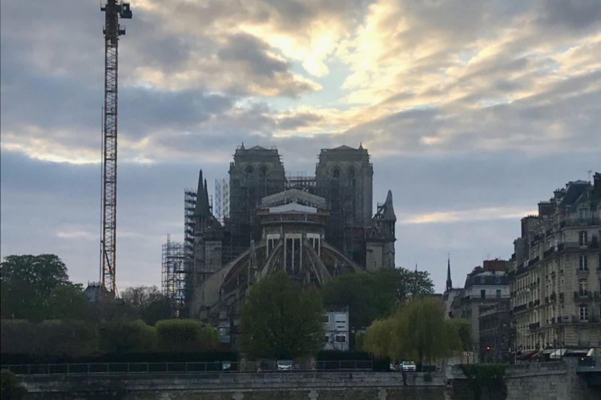 Imagen actual de Notre Dame desde el ábside.