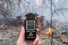 Un gran incendio llega a las puertas de Chernóbil y amenaza con diseminar residuos nucleares