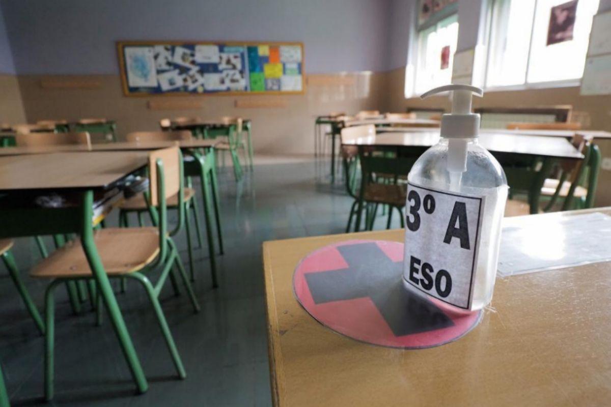 Un aula vacía en un colegio de Valladolid.
