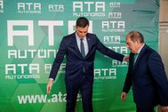 El presidente de ATA, Lorenzo Amor, jutno al presidenta del Gobierno, Pedro Sánchez, el pasado mes de marzo.
