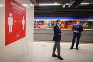 Ignacio Aguado y Ángel Garrido, este jueves, en la estación de Feria de Madrid.