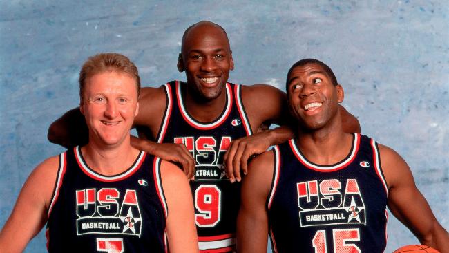 NBA: Las 16 camisetas retro que no pueden faltar en tu colección