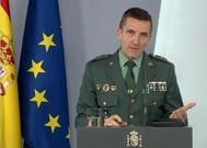 El general Santiago, en una rueda de prensa