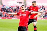 Ante Budimir, celebrando uno de los goles que ha marcado con el Mallorca. EL MUNDO