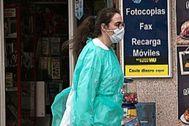 Critican que niegan test a sanitarios sospechosos de contagio