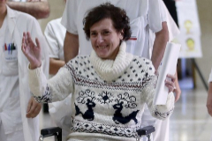 Teresa Romero, el 5 de noviembre de 2014, sale del hospital  Carlos III tras pasar 25 días aislada.