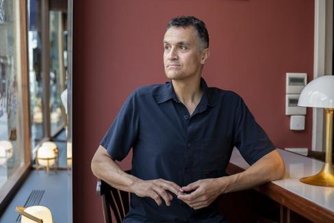 El escritor Carl Honoré.