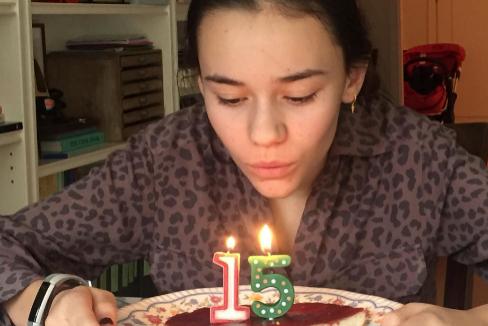 """El peor regalo de cumpleaños de Marta: """"No entiendo que salgan los de 14 años y yo no"""""""