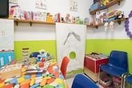 Imagen de un aula vacía de una escuela infantil.