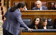 Pablo Iglesias y María Jesús Montero, en el Congreso.