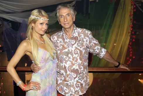 Carlos Martorell y Paris Hilton en Ibiza.