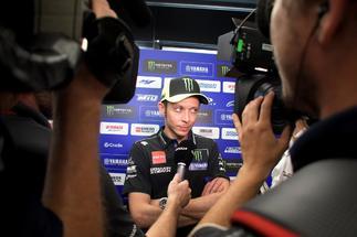 """El coronavirus cambia los planes de Rossi: """"No quiero dejarlo sin correr"""""""