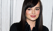 Ashley Rickards cumple 28 años.
