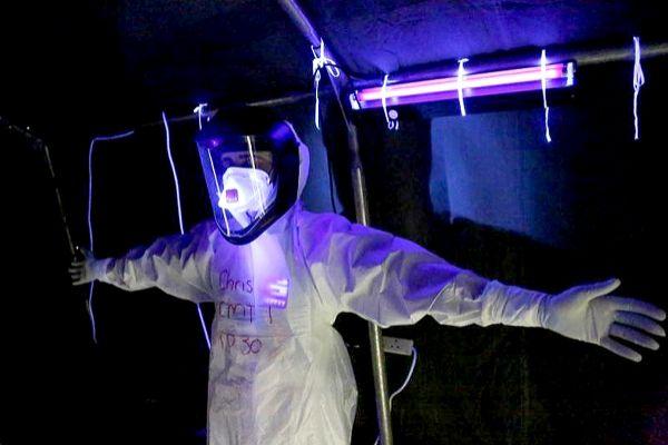 """La """"desinfección terminal"""" del virus con super-rayos UVA"""