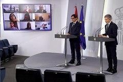 Los ministros de Sanidad e Interior, Salvador Illa y Fernando Grande-Marlaska, este miércoles en La Moncloa.