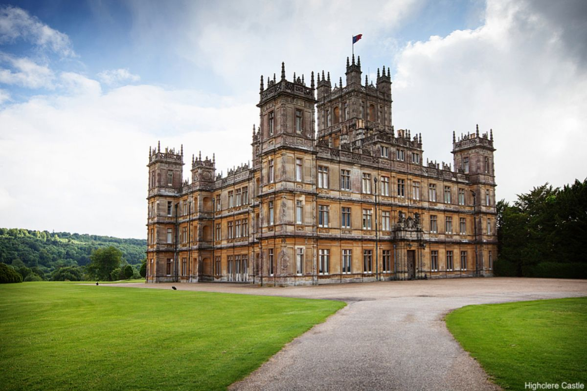 Highclere Castle (Newbury, Berkshire, Inglaterra) es la mansión de los Crawley en 'Downton Abbey'.