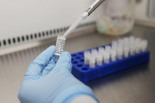 Outbreak of the lt;HIT gt;coronavirus lt;/HIT gt; disease (COVID-19) in Keele