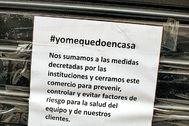 Cartel de un comercio cerrado en Valencia durante el estado de alarma.