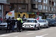 La 'caravana-manifestación' de Zaragoza antes de salir