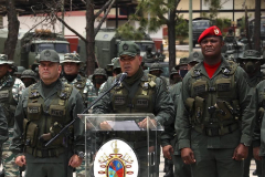Caracas ( lt;HIT gt;Venezuela lt;/HIT gt;).- A handout picture made available by the nformation of lt;HIT gt;Venezuela lt;/HIT gt; (MinCI) shows Venezuelan Defense Minister Vladimir Padrino as he speaks next to armed forces in Caracas, lt;HIT gt;Venezuela lt;/HIT gt;, 03 May 2020. Padrino expressed absolute loyalty to President Nicolas Maduro, and rejected the incursion of a group of 'terrorist mercenaries' that, according to the Government, intended to invade the country through the coasts near Caracas. (Atentado, Terrorista) EPA/nformation of lt;HIT gt;Venezuela lt;/HIT gt; / HANDOU BEST QUALITY AVAILABLE HANDOUT EDITORIAL USE ONLY/NO SALES