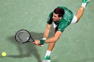 Djokovic, durante un partido ante Monfils en Dubai el pasado febrero.