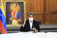 Nicolás Maduro en una reunión con miembros del ejército.