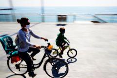 El Gobierno estudia cambiar los horarios de las salidas infantiles por el calor