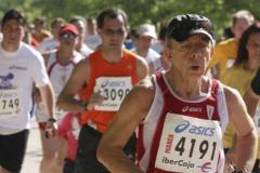 Billy el Niño corriendo la media maratón de Madrid
