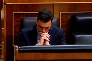 Spanish PM lt;HIT gt;Sanchez lt;/HIT gt; gestures during a plenary session to debate on an extension of the state of emergency at Parliament in Madrid