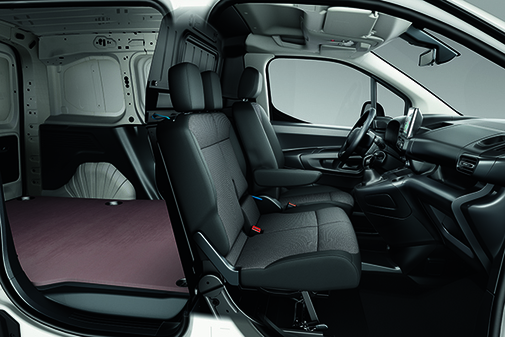 El Toyota Proace Van está destinado al transporte de cargas.