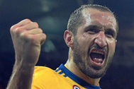Chiellini celebra un gol en la Liga de Campeones.