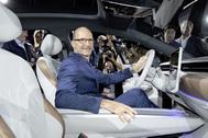 """Klaus Bischoff, jefe de diseño de VW: """"crear un eléctrico es un gran reto"""""""