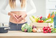 Menú de un día con frutas y verduras para preparar la operación bikini