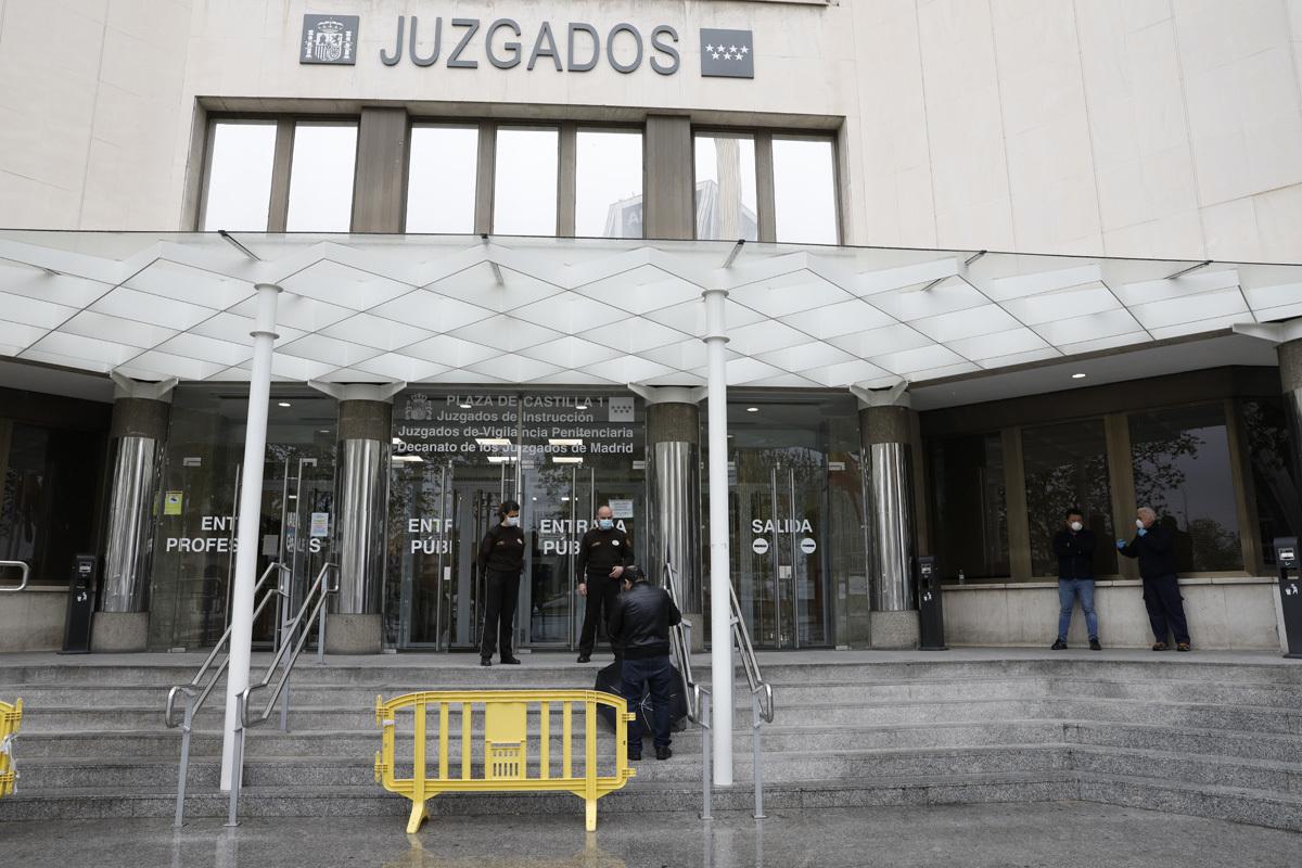 """El CGPJ recomienda """"limitar en lo posible"""" los juicios en el mes de agosto"""