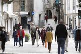 Las calles de Santiago llenas de gente en el primer día de la fase 1.