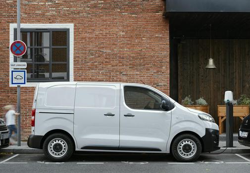 La Citroën ë-Jumpy estrá disponible en tres longitudes.