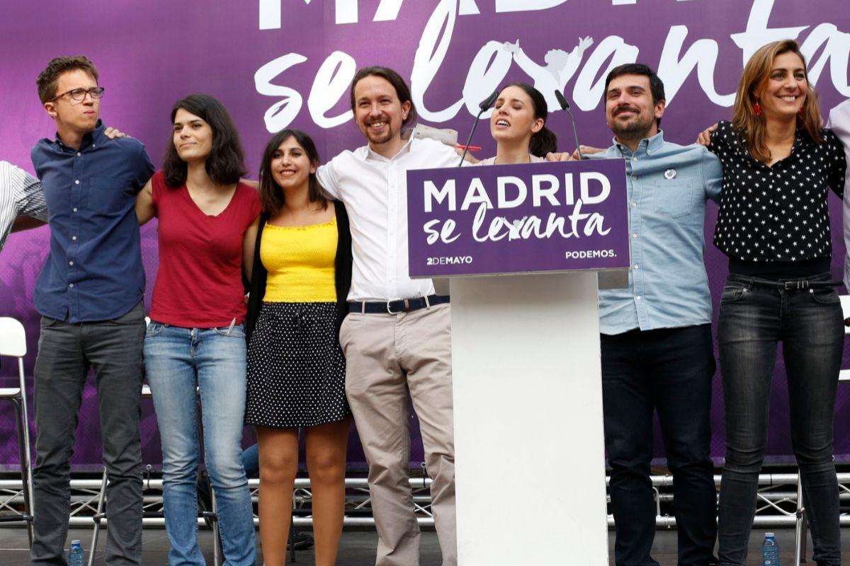 Dina Bousselham en uno de los primeros actos de Podemos