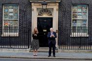 El primer ministro británico, Boris Johnson, y su pareja Carrie Symonds.
