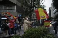 14/05/2020.Foto Javier Barbancho.Madrid Comunidad de Madrid. Madrid CORONAVIRUS Protestan Calle lt;HIT gt;Nuñez lt;/HIT gt; lt;HIT gt;Balboa lt;/HIT gt; piden dimisión de Pedro Sanchez