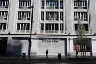 Comercios cerrados en el centro de Madrid por la crisis del coronavirus.
