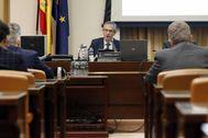 El gobernador Pablo Hernández de Cos comparece en el Congreso.