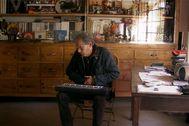 Imágenes del documental 'Constelálació lt;HIT gt;Comelade lt;/HIT gt;'. sobre Pascal Comela