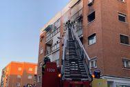 Bomberos del Ayuntamiento de Madrid durante el incendio