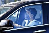 Las mascarillas no son obligatorias si se viaja solo o con convivientes en un coche.